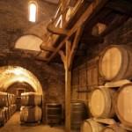 vinuri dragasani 150x150 Vecini cu Isarescu la Dragasani