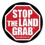 """stop the land grab stickers 150x150 U.E """"împinge"""" corporațiile să pună stăpânire pe agricultura Europei"""